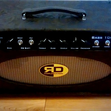 R D Amplification - handcrafted vintage bass tube amplifier custom made