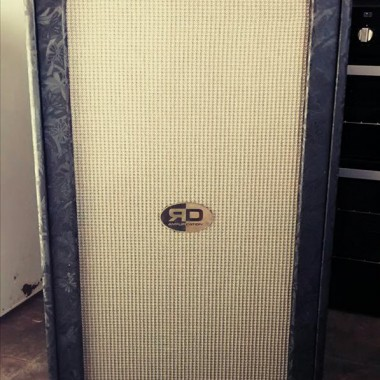 RD Amplification custom handcrafted bass guitar cabinet