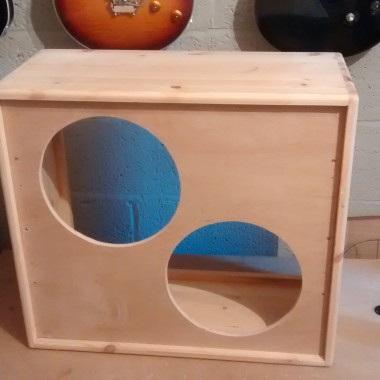 R D Amplification - The making of a guitar cabinet